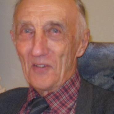 Étienne Perreault (1927~2020)