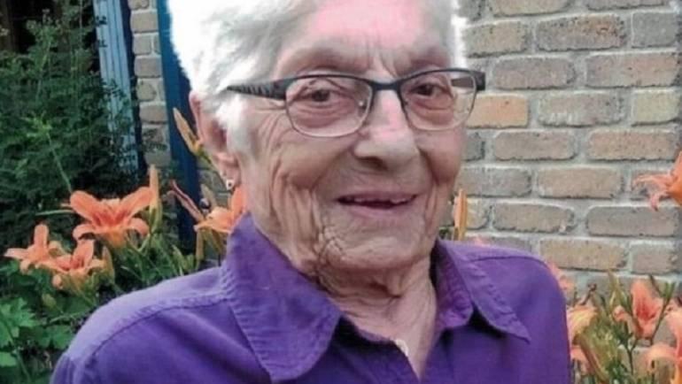 Angéline Ferland (1935~2020)